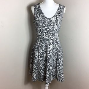 Covington Seas Black & White Midi Dress